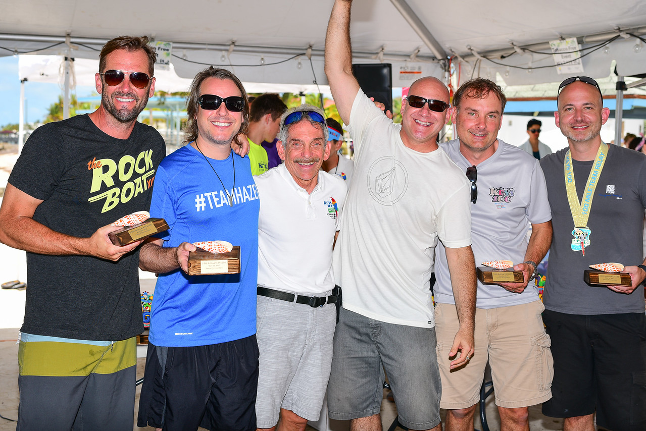 Sister Hazel team receives special race award
